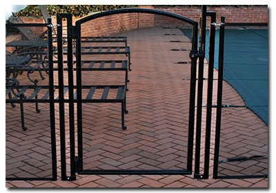 self-closing pool gates on Long Island NY
