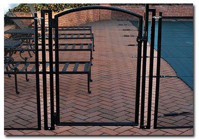 self-closing pool gates on Long Island NY
